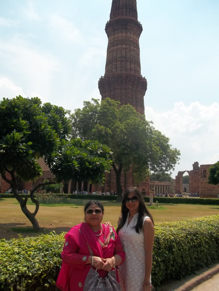 Posing in front og Qutub Minar, with my adorable Rehana Nani
